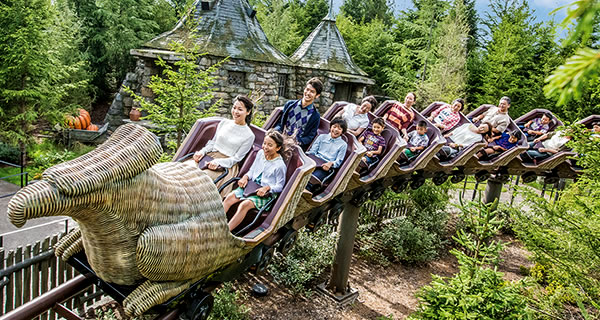 The wizarding world of harry potterattractionsuniversal studios follow hagrids instructions as you learn the proper way to approach a hippogriff which has the head of a giant eagle and the body of a horse gumiabroncs Images